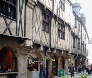 Dijon architecture (photo from France this way)